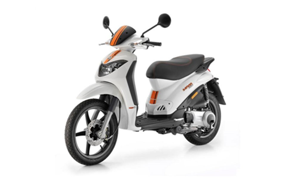 Derbi Sonar 50cc | Dimitris Rent a Car or Moto in Antiparos